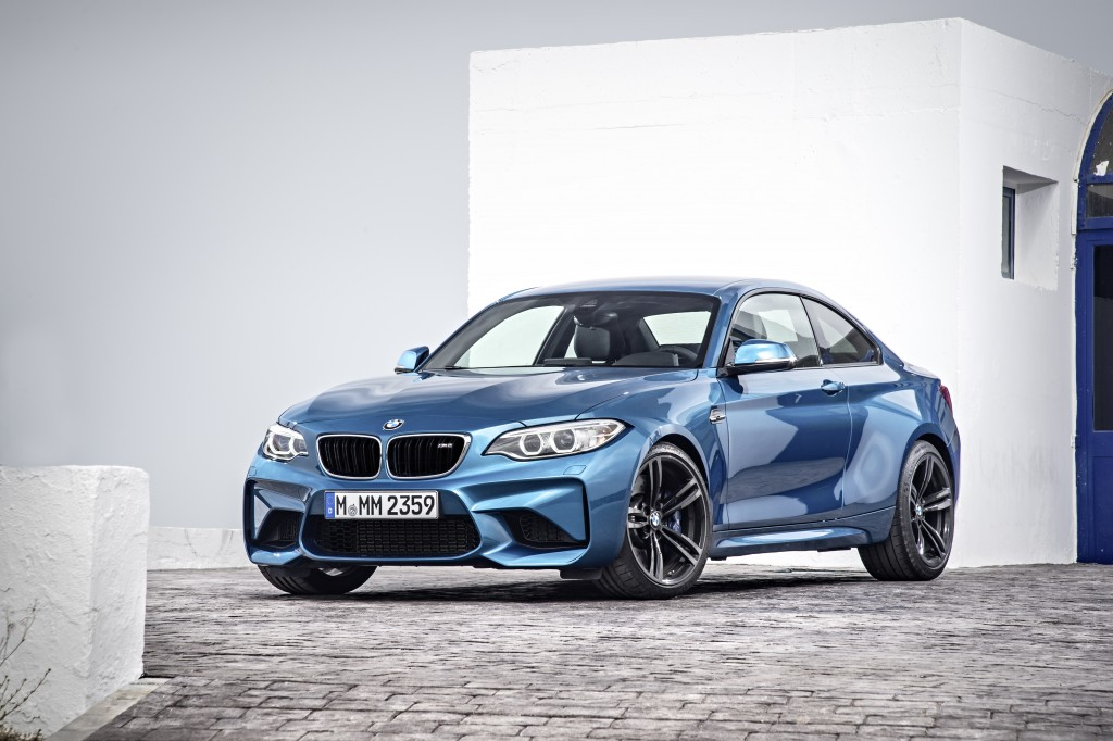 bmw-at-the-north-american-international-auto-show-naias-2016-in-detroit-p90199668-highres