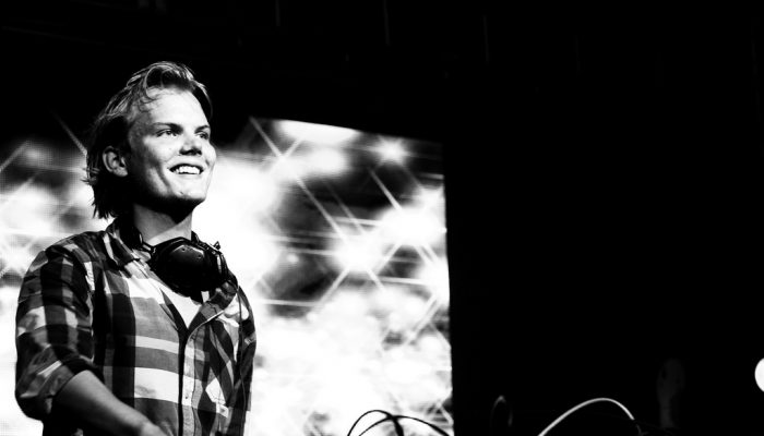 Addio Avicii e alla tua musica on the road